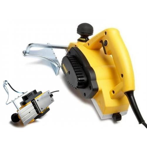 Strug - hebel elektryczny 600W 2,5mm DeWALT DW680